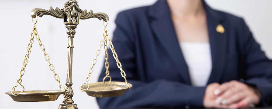 弁護士・司法書士などの士業